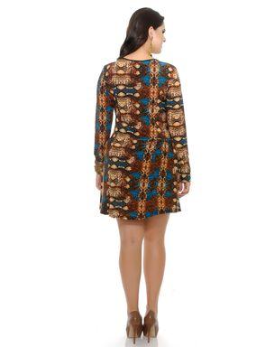 Vestido-Plus-Size-com-detalhe-franzido-6