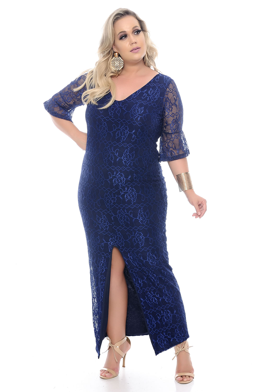 f9c71c267 Vestido Longo de Renda Plus Size - Chic e Elegante