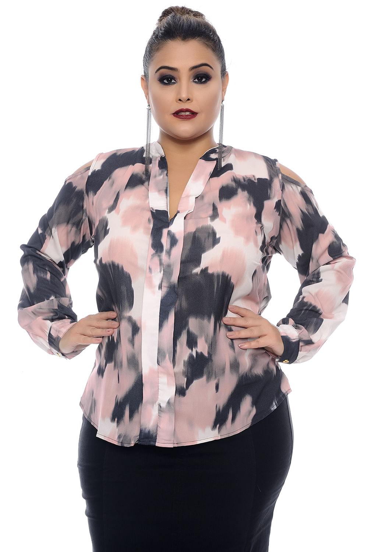 f6be781d85 Camisa Crepe Estampada Plus Size - Chic e Elegante