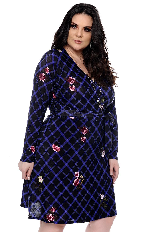 2b5d16472 Vestido Transpassado Xadrez Plus Size - Chic e Elegante
