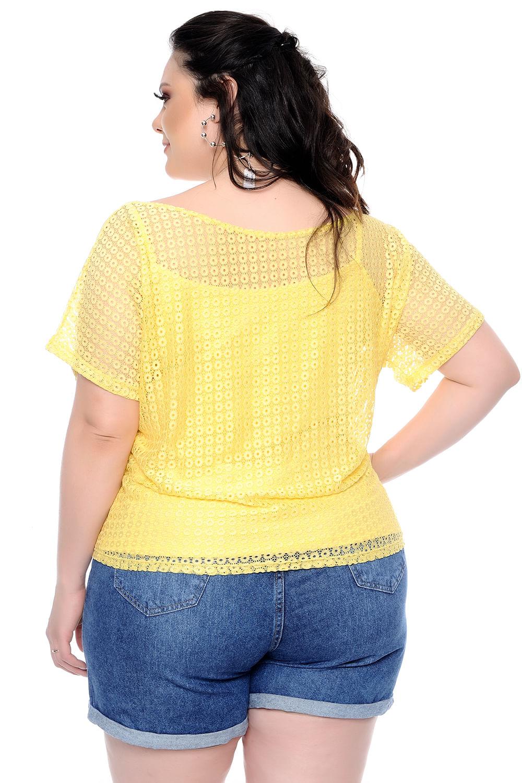 9c192795e Blusa Renda Vazada Amarela Plus Size - Chic e Elegante