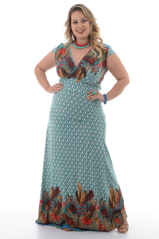 4354a6c4a3 Vestido Longo Penas Verde Plus Size - Chic e Elegante