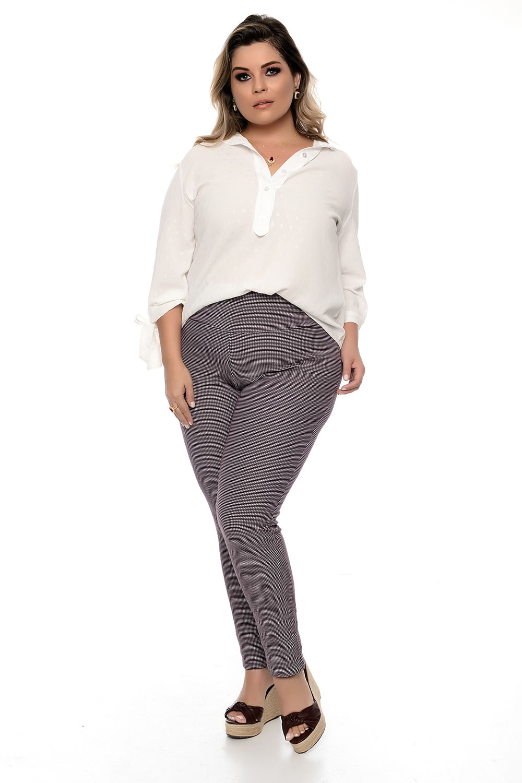 0a238c320 Calça Skinny Plus Size - Chic e Elegante