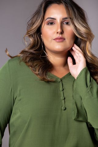 blusa-manga-flare-verde-militar-plus-size--7-