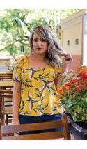 blusa-amarela-estampada-plus-size