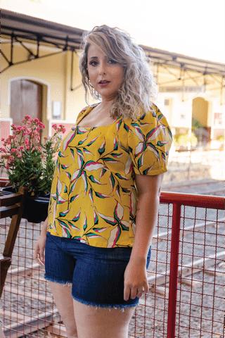 blusa-amarela-estampada-plus-size-4-