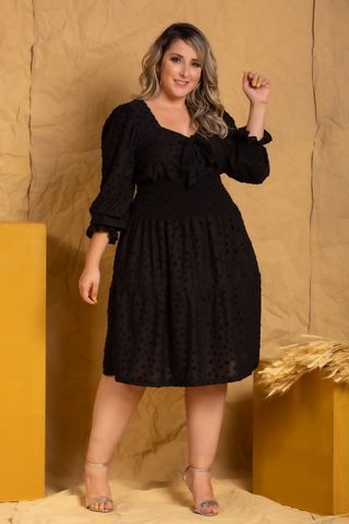 vestido-poa-preto-plus-size--5-