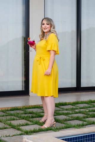 vestido-helena-amarelo-plus-size